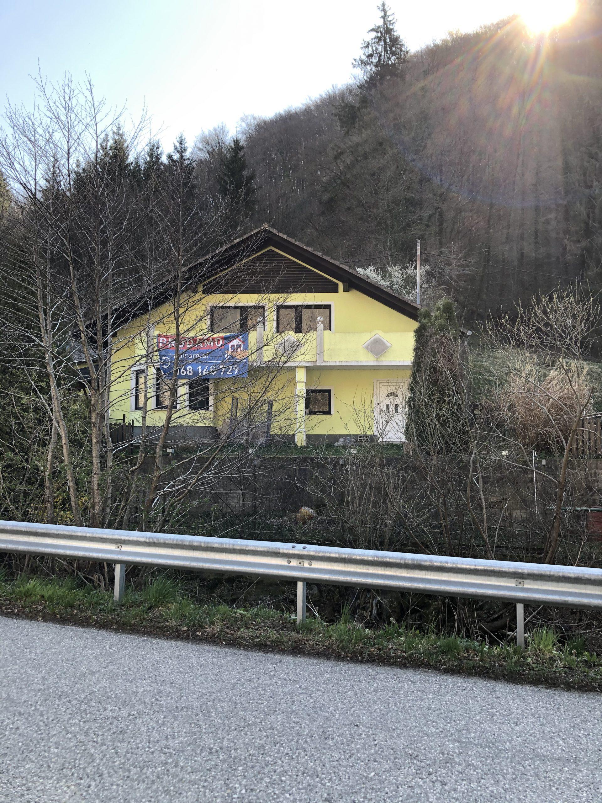 BLANCA, POKLEK NAD BLANCO – prodaja – stanovanjska hiša – 300 m2, cena: 89.000 EUR – KLJUČ IZDELAVA!